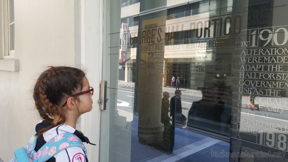 10yo-reading-about-historical-portico