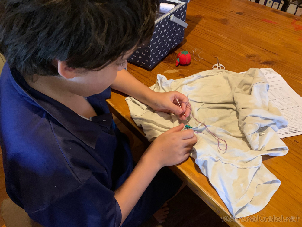 12yo-learning-how-to-sew