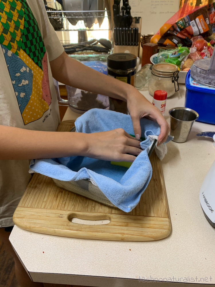 14yo-paper-making-02