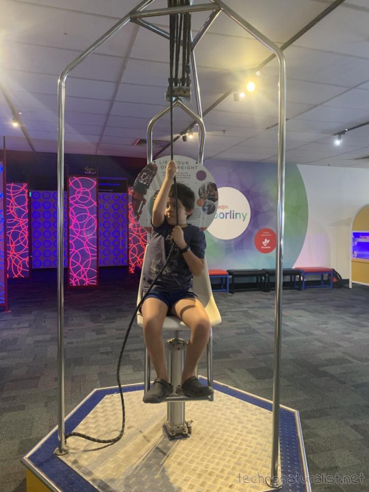 lifting own weight with pulleys, Scitech, Perth, Western Australia