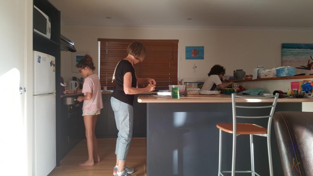 bigs-kitchen-assistance