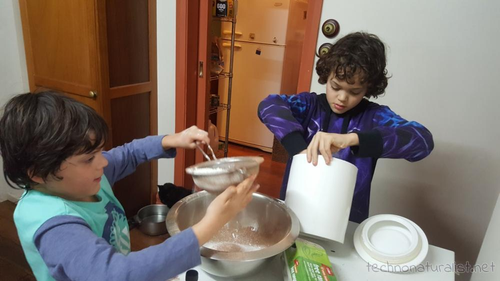 boys-doing-brownie-dry-ingredients