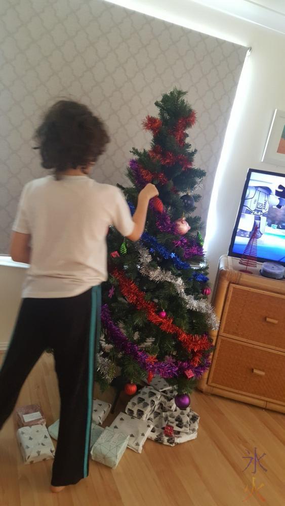 tree-decoration-02